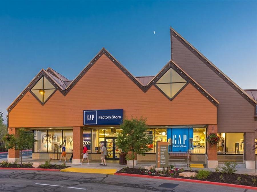 51c3660ef0 Tanger Outlets - Park City, Utah -- Outlet store in Park City oakley outlet